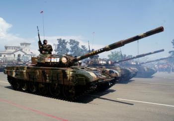 Танк Т-72Б Армии обороны Арцаха на военном параде
