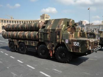 Пусковая установка ЗРК С-300ПС войск ПВО Армении