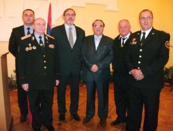 награждение в посольстве армянское казачество