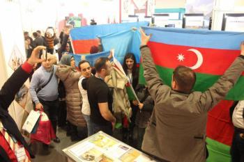 азербайджанцы на берлинской выставке