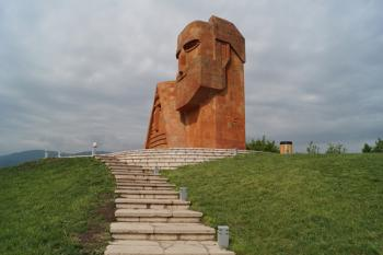 Правозащитники: недееспособность ОБСЕ в ситуации с Лапшиным ставит под удар карабахское урегулирование