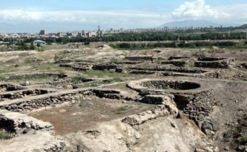 раскопки Эребуни