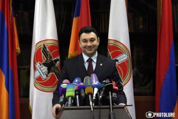 Эдуард Шармазанов: 'Нет иного более достойного лидера страны, чем Серж Саргсян'