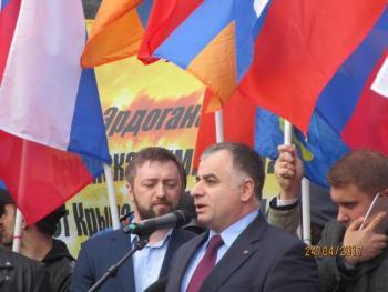 Юра Навоян митинг