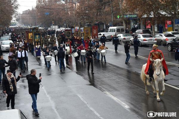 шествие к празднику Сурб Саркис