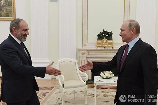 Путин зачитывался «Евгением Онегиным» насаммите СНГ