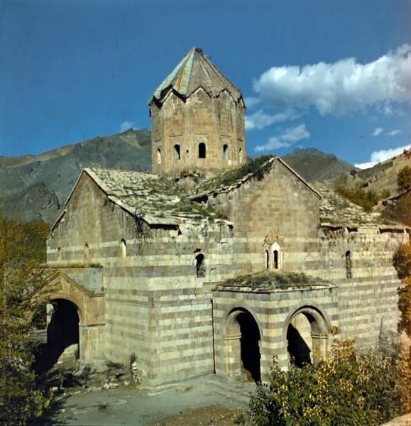 Собор Сурб Товма в Агулисе по преданию основанный апостолом Варфоломеем