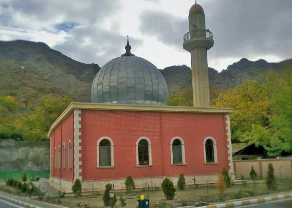Мечеть открытая в 2014 году на месте снесенного храма Сурб Товма в Агулисе