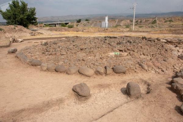 раскопки Верин Навер
