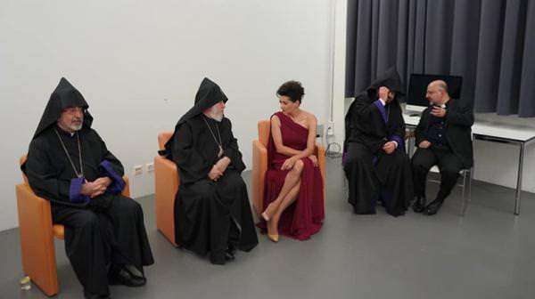 Анна Акопян и Католикос Всех Армян