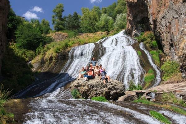 Армения водопад