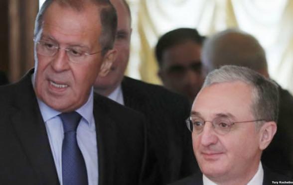 Азербайджан объявил обобстреле четырех районов армянскимиВС